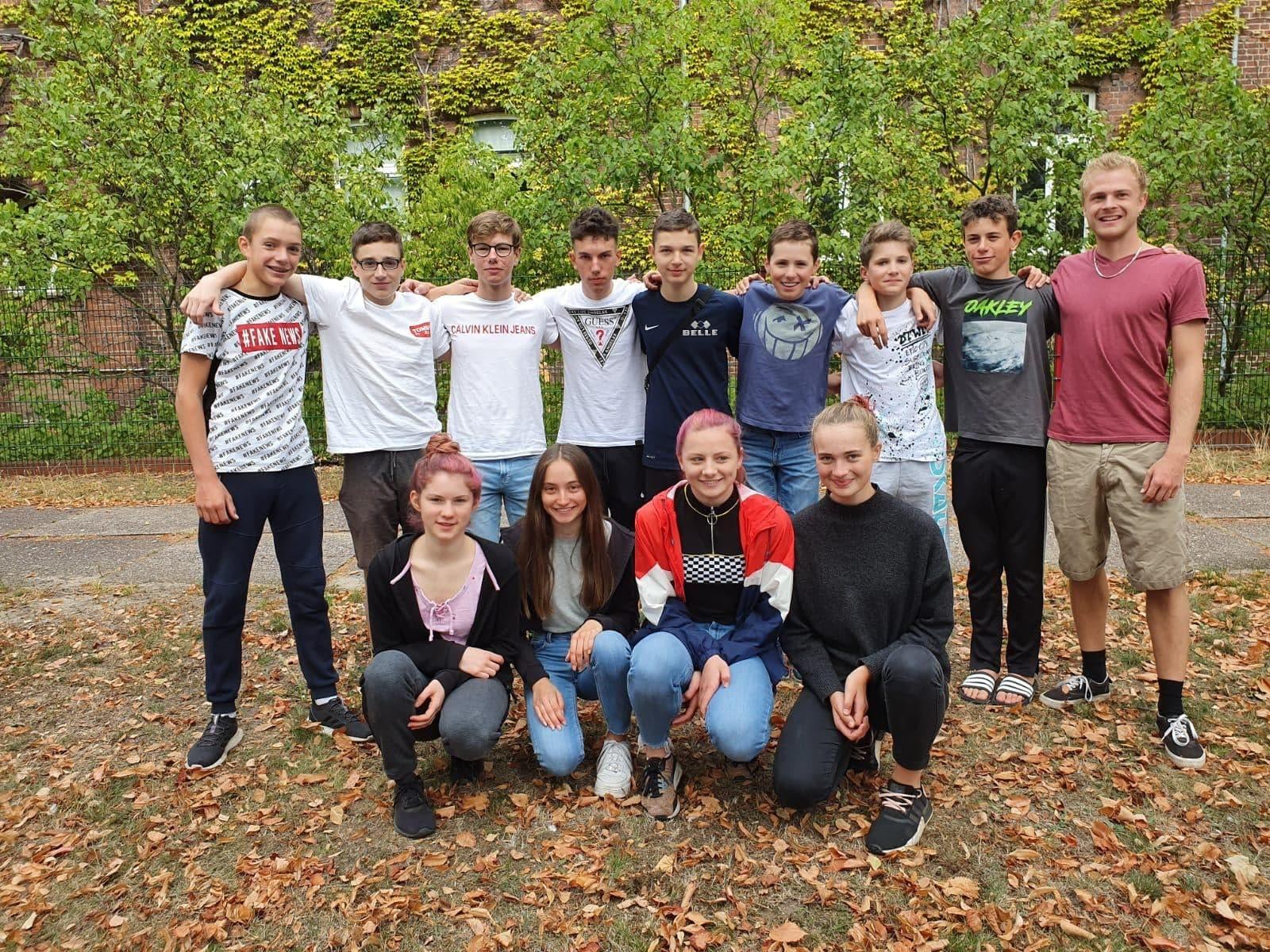 U15 Mannschaften des LV Baden in Genthin mit scheidendem Trainer Moritz Backofen