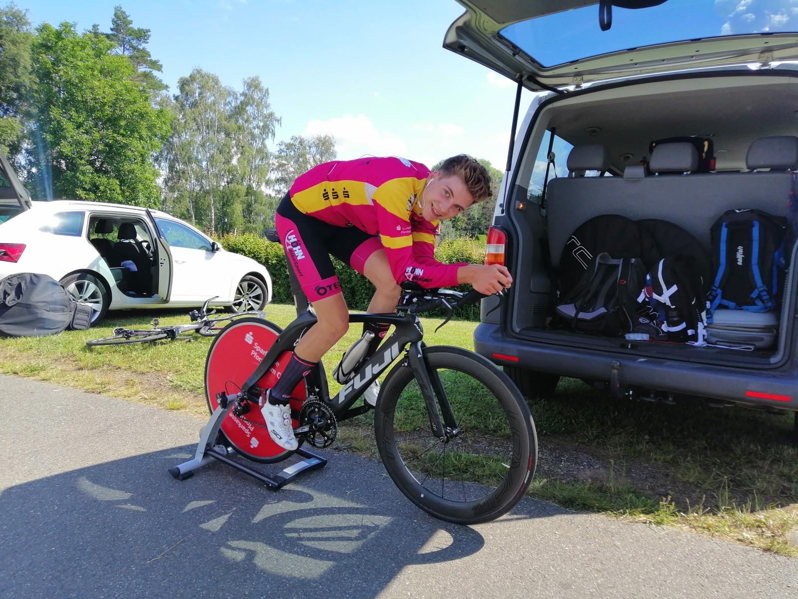 Jonas Steppe motiviert vor seinem Rennen gegen die Uhr