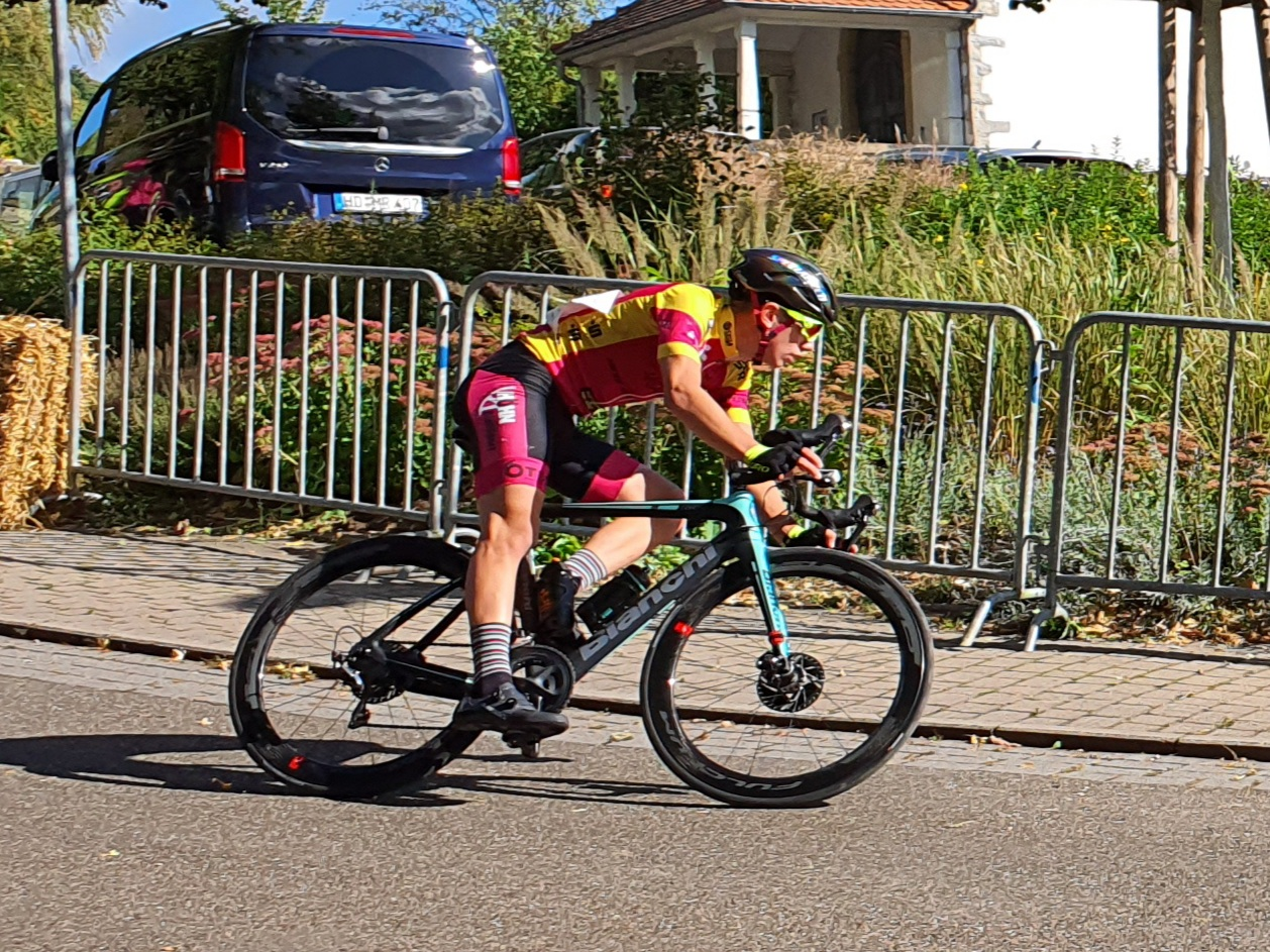 Davide Spadaccia im Rennen der Jugendklasse